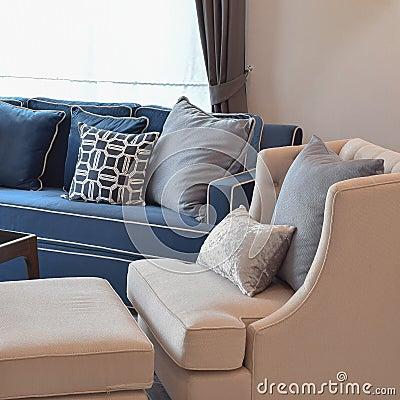 Banken blauw woonkamer for Petrol accessoires woonkamer