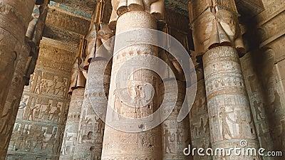 Bel int?rieur du temple de Dendera ou du temple de Hathor L'Egypte, banque de vidéos