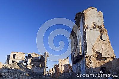 Belchite wyburzał wioskę