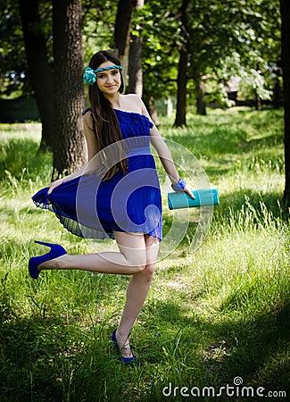 Beleza no vestido azul