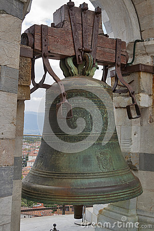 Free Bell In Leaning Tower Of Pisa Stock Image - 46060551