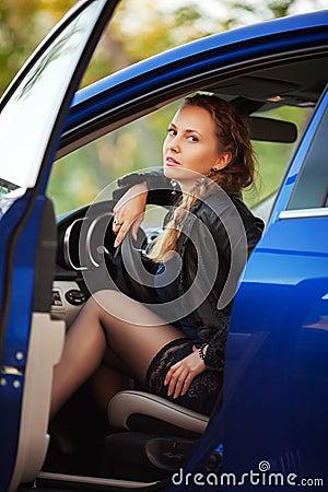 femme dans une voiture de sport images libres de droits image 30207279. Black Bedroom Furniture Sets. Home Design Ideas