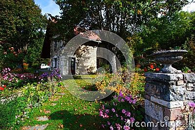 Belle maison de campagne photographie stock image 3257292 - Belle maison de campagne ...