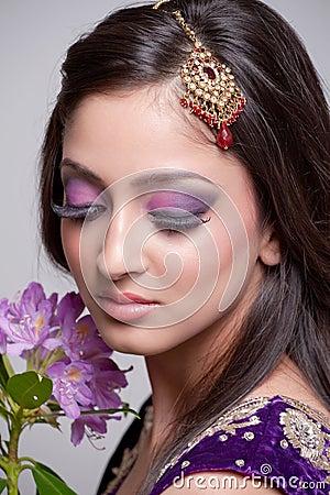 Belle mariée asiatique