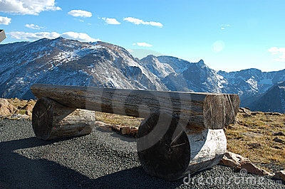 A bench on Rocky Mountain National park