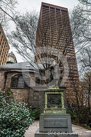 Free Benjamin Franklin Statue In Downtown Boston Stock Photography - 82198922