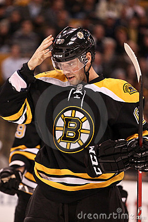 Benoit Pouliot Boston Bruins Foto de archivo editorial