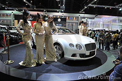 Bentley GT大陆在显示在汽车展示会 编辑类照片