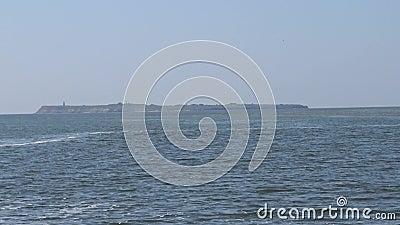 Berezan岛附近的水流,混合淡水和海水,混合水边界的泡沫 黑海,乌克兰 股票视频