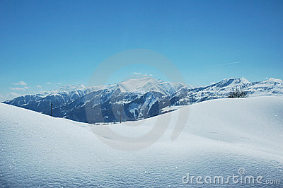 Berg snow under vinter