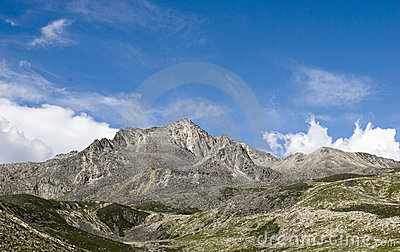 Berg unter Himmel 8