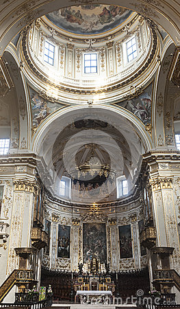 Bergamo, cathedral interior