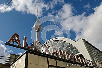 Berlin Fernsehturm Alexanderplatz station