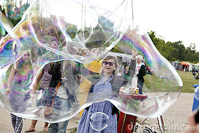 Making Soap Bubbles at Mauerpark Editorial Photography