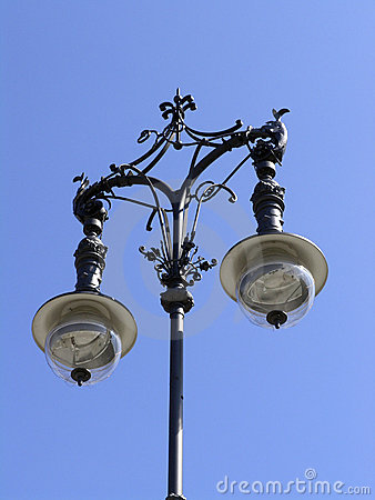 Free Berlin Lamp Post Royalty Free Stock Images - 113279