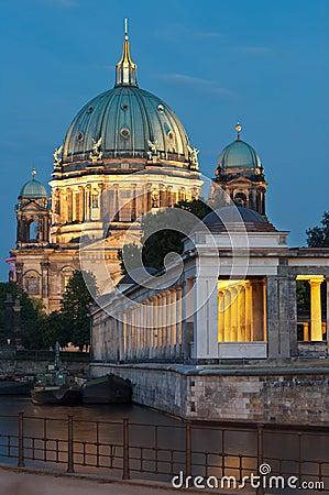 Berlin, Museumsinsel, Berliner Dom, Nacht