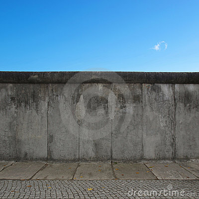 Free Berlin Wall Royalty Free Stock Photos - 17050558