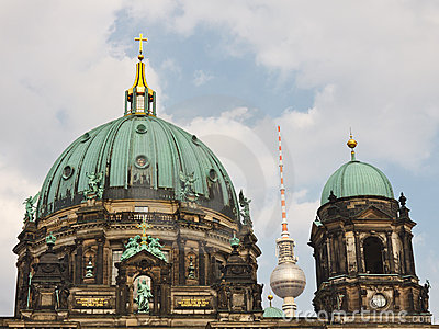 Berliner Dom (Cathedral) / Fernsehturm (TV Tower)