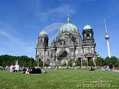 Berliner Dom Tourists Relaxing At Berlin Cathedral Editorial Stock Photo