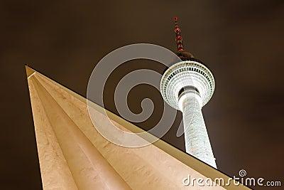 Berliner Fernsehturm (TV Tower), Berlin, Germany