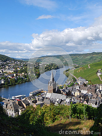 Free Bernkastel-Kues, Germany, View Down-stream From The Castle Stock Photos - 63996003