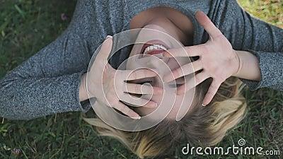 Best Vrouw Smile Face Portret Omhoog Scene stock videobeelden