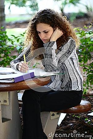 Bestudeer hard