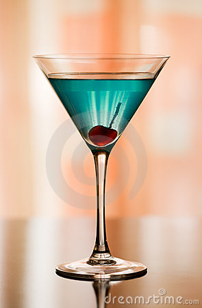 Free Betty Blue Cocktail Royalty Free Stock Image - 4876766