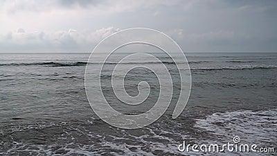 Betydande landskap med havet stock video