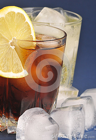 Free Beverages With Ice Stock Images - 28943574