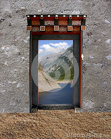 Free Bhutanese Single Door Stock Images - 31492054