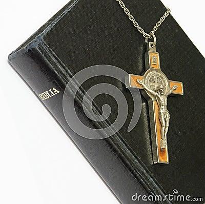Free Bible And Crucifix Stock Image - 248521