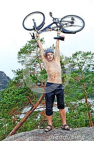 Bicicleta na parte superior
