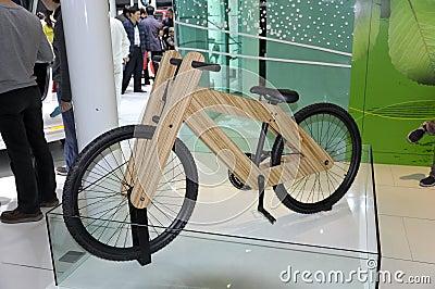 Bicicleta verde Imagen editorial