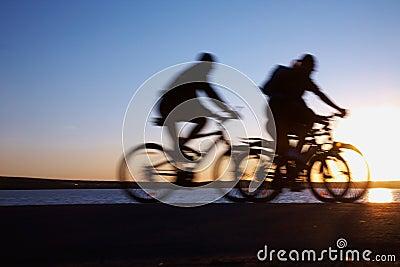 Bicicling