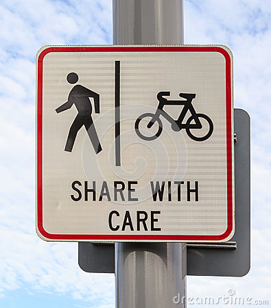Free Bicycle And Pedestrian Lane Road Sign On Pole Post, Bike Cycling Stock Photo - 45891160