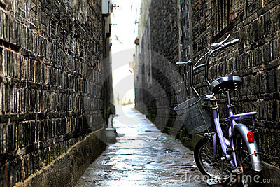 Bicycle in the old alley