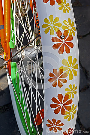 Bicycle wheel. Detail 11