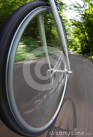 Free Bicycle Wheel In Motion Stock Photography - 30216232