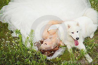 Bride with Samoyed