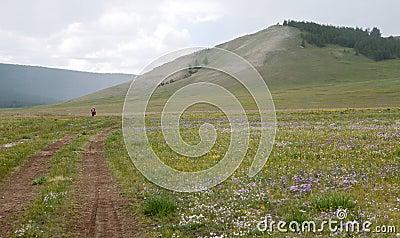 Biek que viaja en Mongolia septentrional