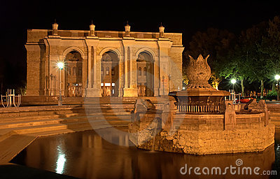 Big Academic Theatre in Tashkent at night