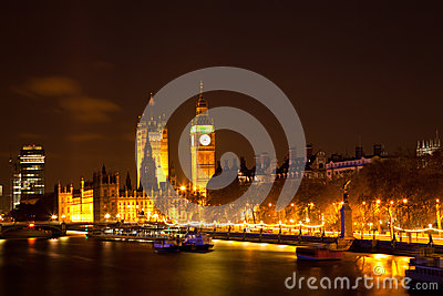 Big Ben along river Thames