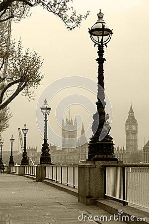 Big Ben & Houses of Parliamen