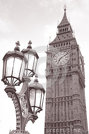Big Ben and Lamppost, London