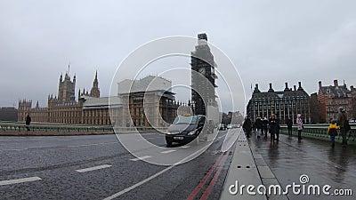 Big Ben, le point de repère iconique de Londres scaffolded pendant la rénovation, Londres, Royaume-Uni clips vidéos