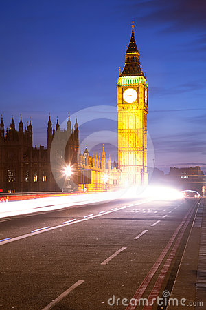 Big Ben Light Trail