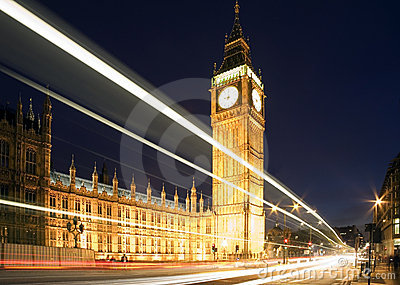 Big Ben in London at night.