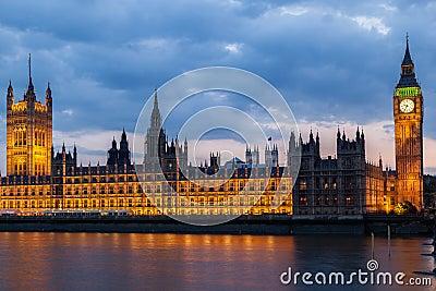 Big Ben Night London