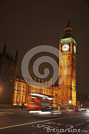 Big Ben przy noc